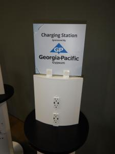 RENTAL: (4) RE-701 Charging Stations With Graphics -- Image 2