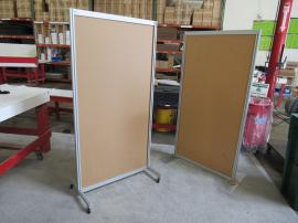 Flat and L-Shaped Safety Dividers with Base Plates or Castors -- Image 3