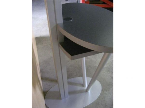 RE-1215 Rental Display / Kiosk / Workstation -- Image 6
